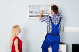 repairman air conditioner